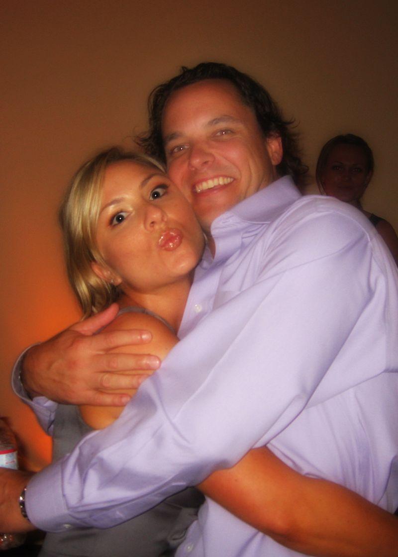 B lu kiss t & s wedding